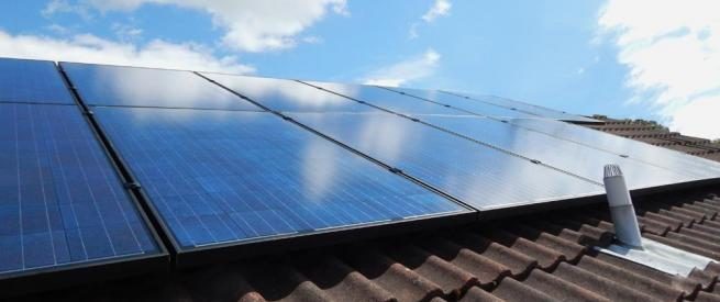 Photovoltaic array to generate electricity for your home & business